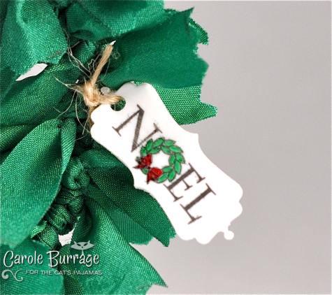 CB Noel Wreath tagwtmk
