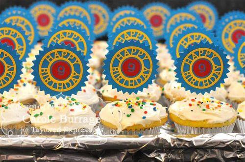 CAROLECarter's Cupcakes back