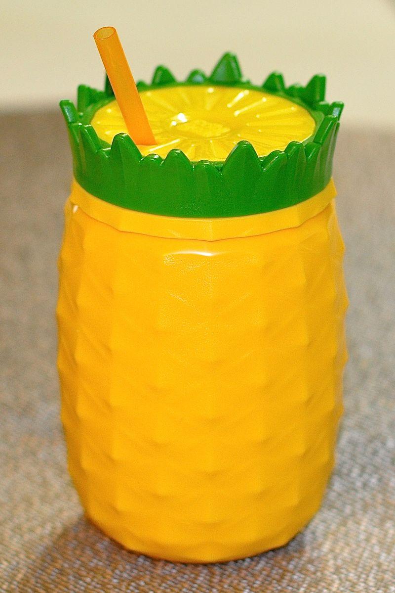 CB Pineapple cup